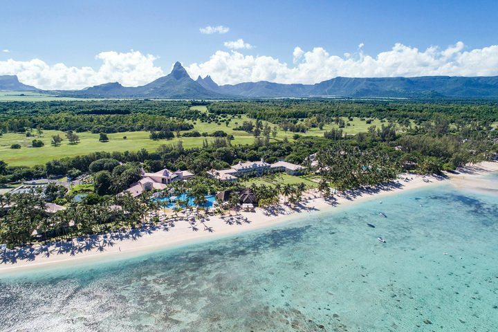 SUGAR BEACH MAURITIUS  The day is made    Sugar Beach   is world-renowned resort located on the leeward west coast of Mauritius featuring luxury accommodation and a splendid Spa. Spread over more than 12 hectares of tastefully landscaped tropical gardens. Choose Sugar Beach to benefit from preferred access at the Ile aux Cerfs Golf Club.