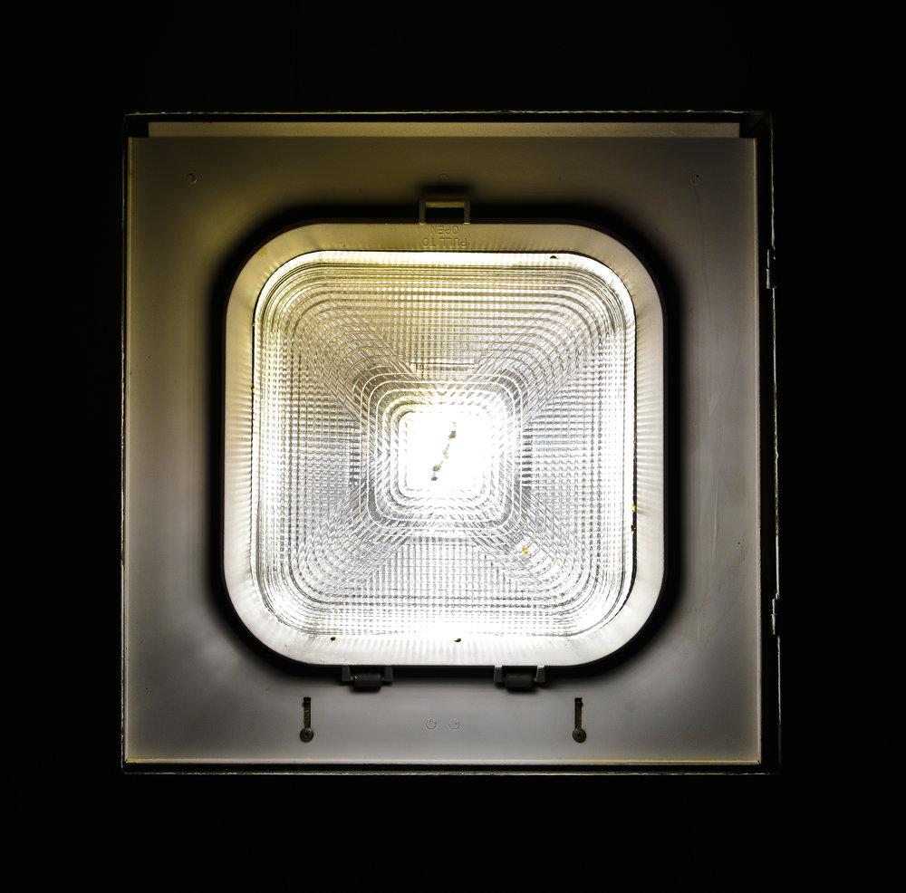 LIGHT 17X17 3.jpg