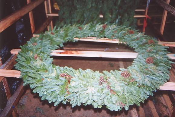 wreath34.jpg