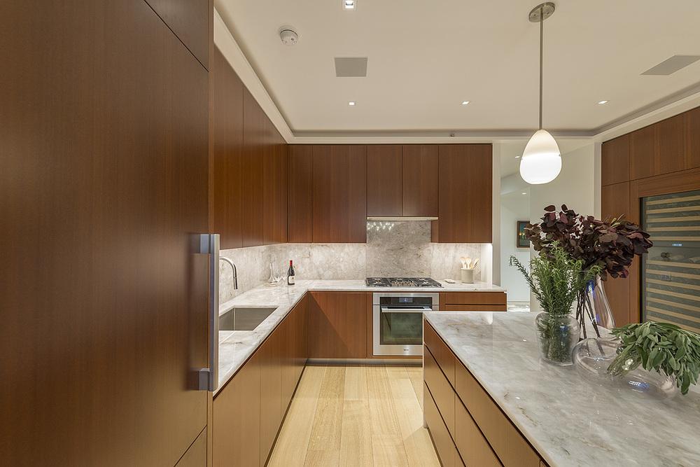 4. Kitchen 9.jpg