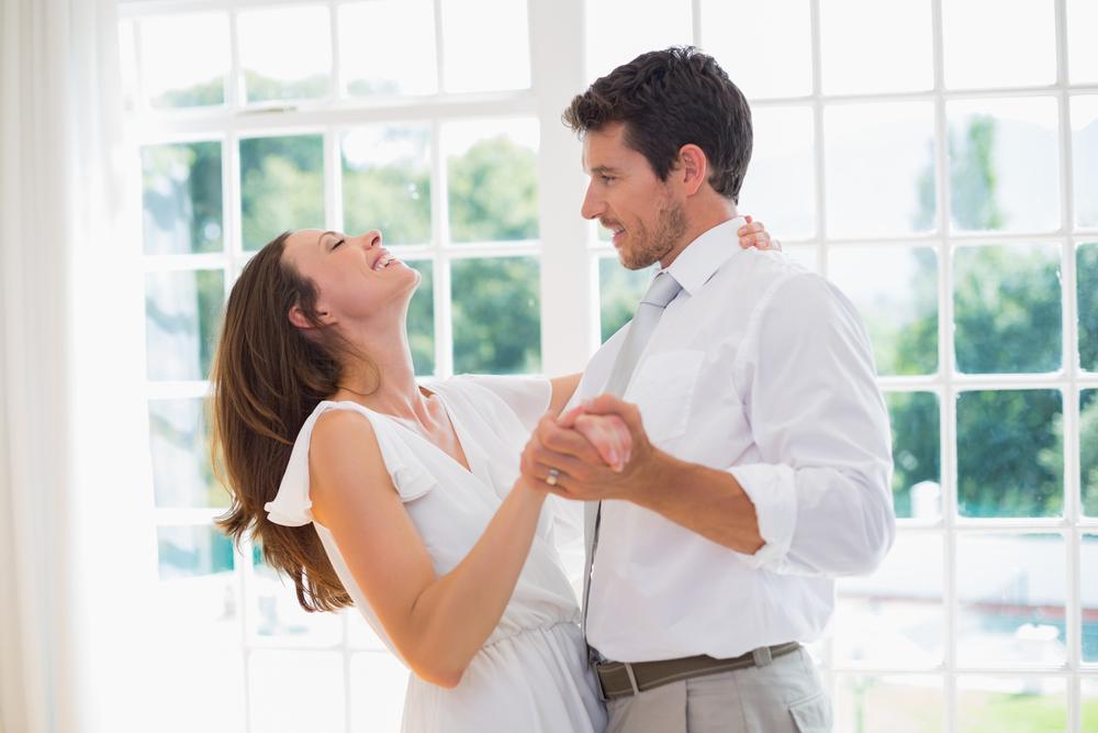 Ples v intimno razmerje prinaša veliko dobrega. Foto: Shutterstock