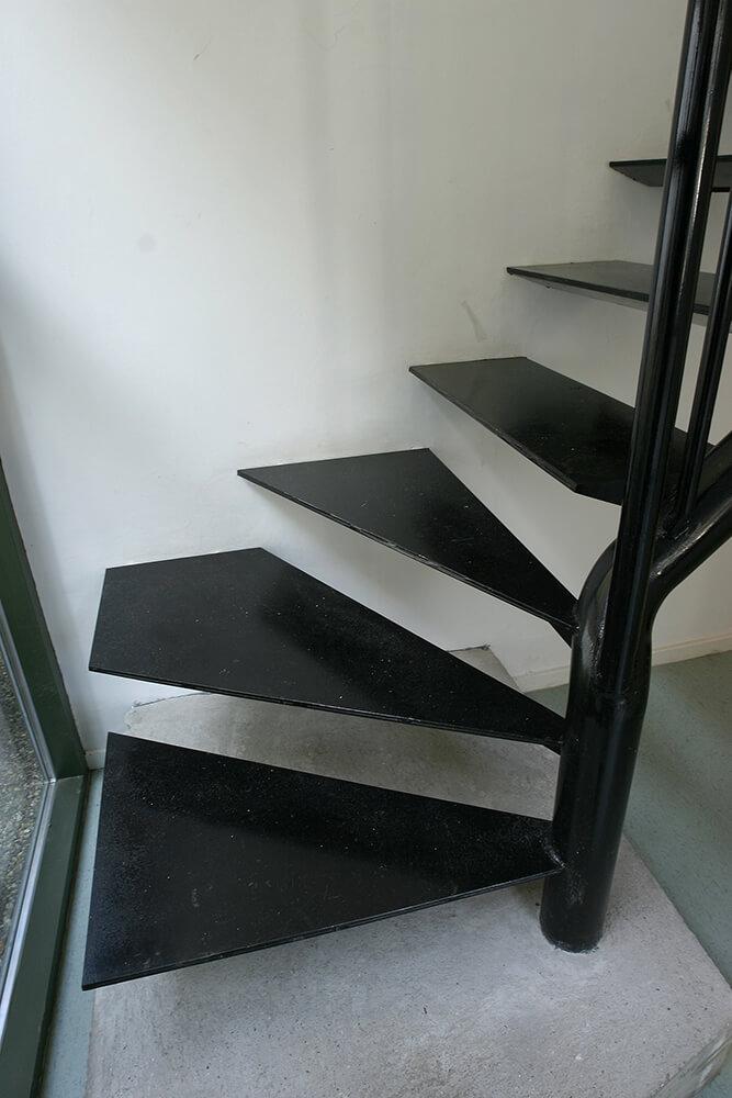 13+detail+stair.jpg