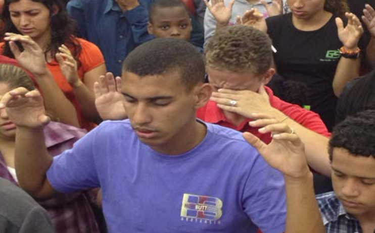 Chad Daniel reaching teens in Brazil