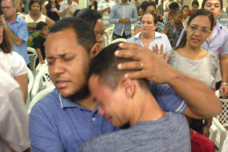 Dios trabajó no solo en los dolidos adolescentes, sino en sus padres también.