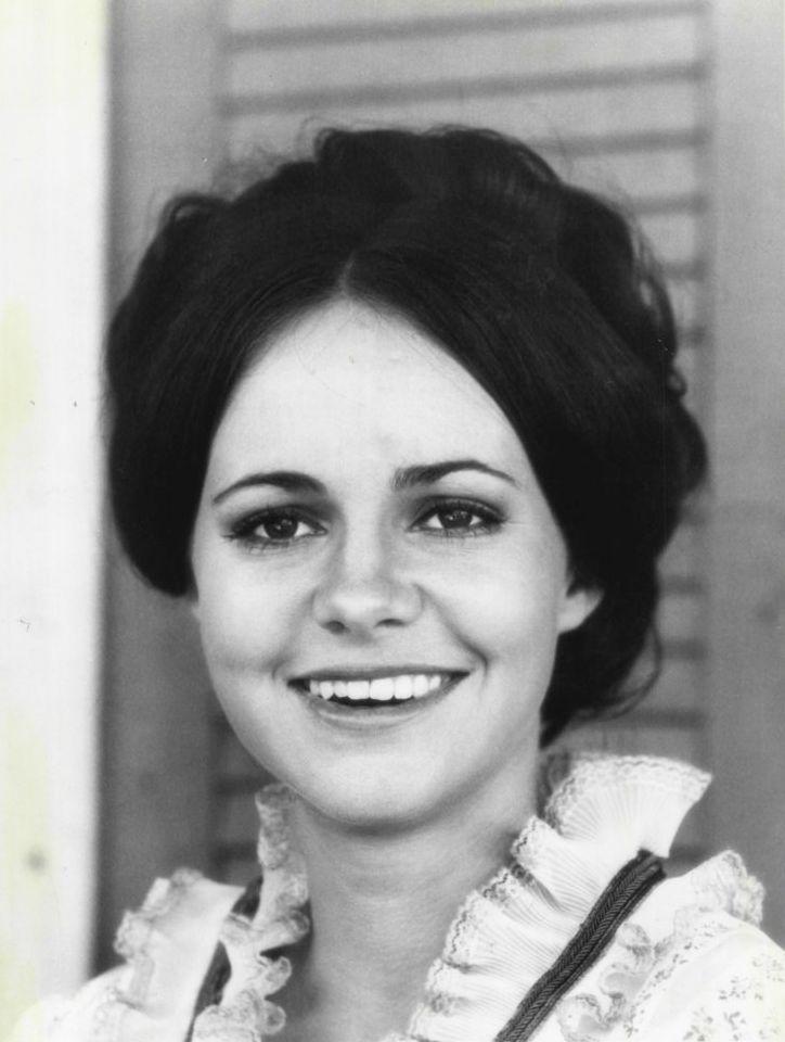 Sally_Field_1971.JPG