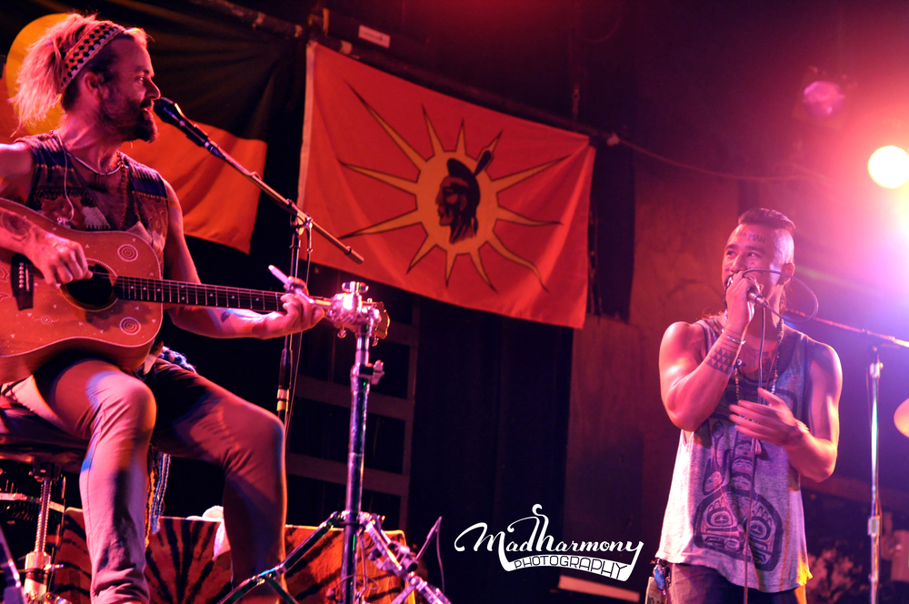 Xavier Rudd + Nahko Bear / 08.02.13 / The Catalyst Club