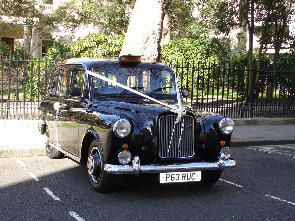 Vintage Wedding Taxi Hire