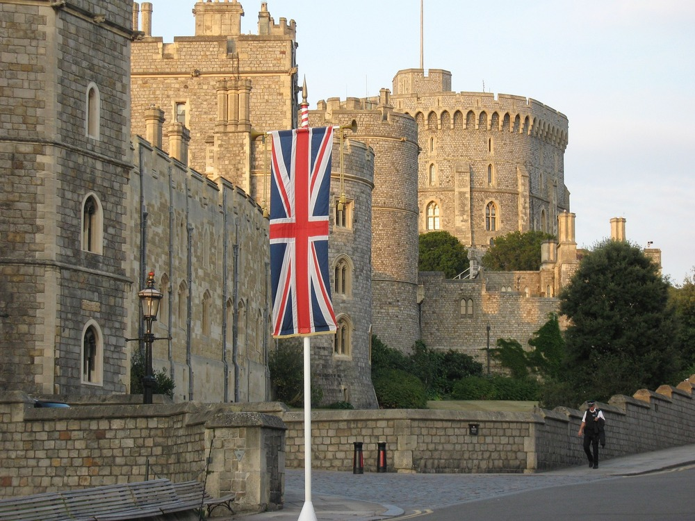 Windsor Castle sightseeing Taxi Tours