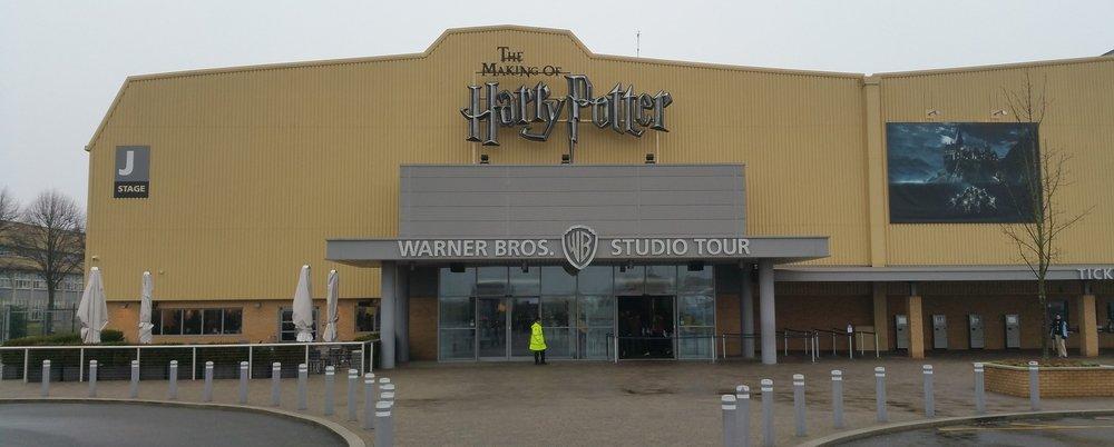 STUDIO TOURS - London Taxi transfers to Harry Potter Studio Tour