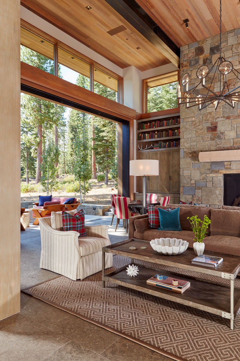 TAHOE FAMILY RETREAT