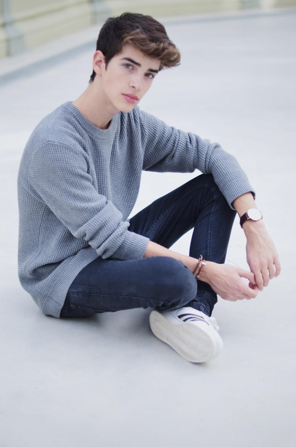 Handsome 16 Year Old Boy: MANURIOS