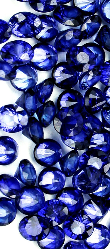 loose_sapphires.jpg