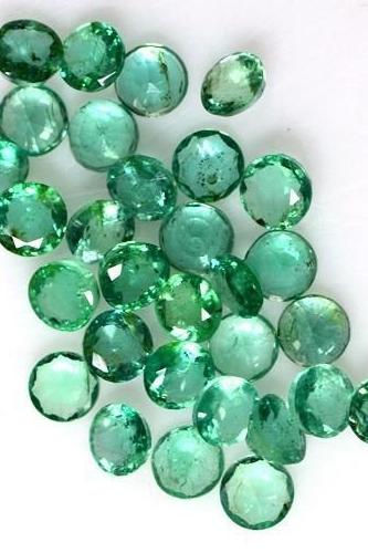 loose-emeralds-.jpg
