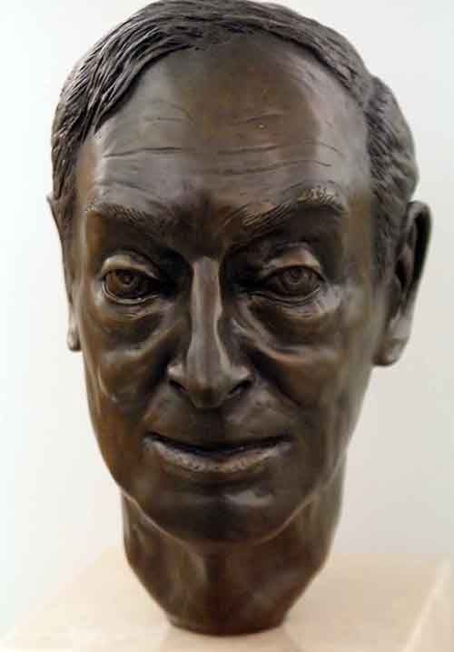 Saul Bellow, 1993 — Sara Miller Bronze — Harold Washington Library Center Photo by Michael Steele