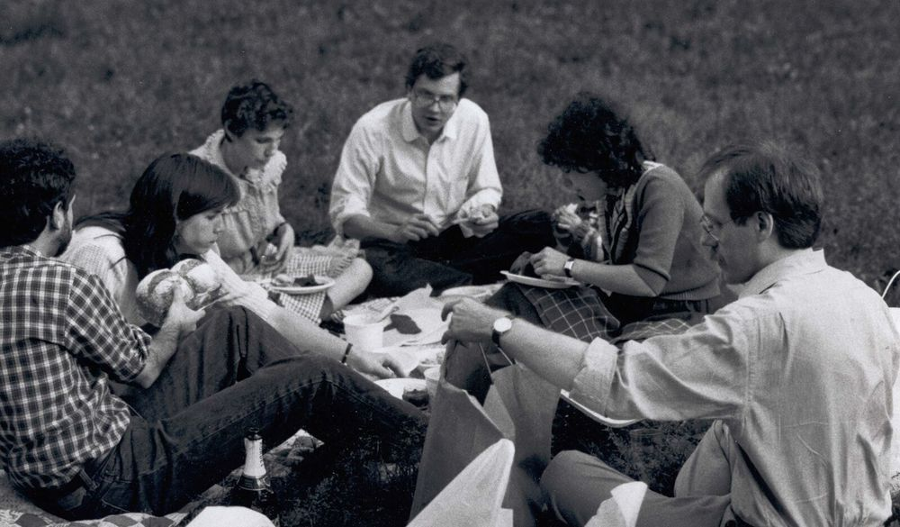 Samuel G. Freedman (left), Arthur Sulzberger, Jr (center), Jeff Schmalz (right), and other New York Times journalists