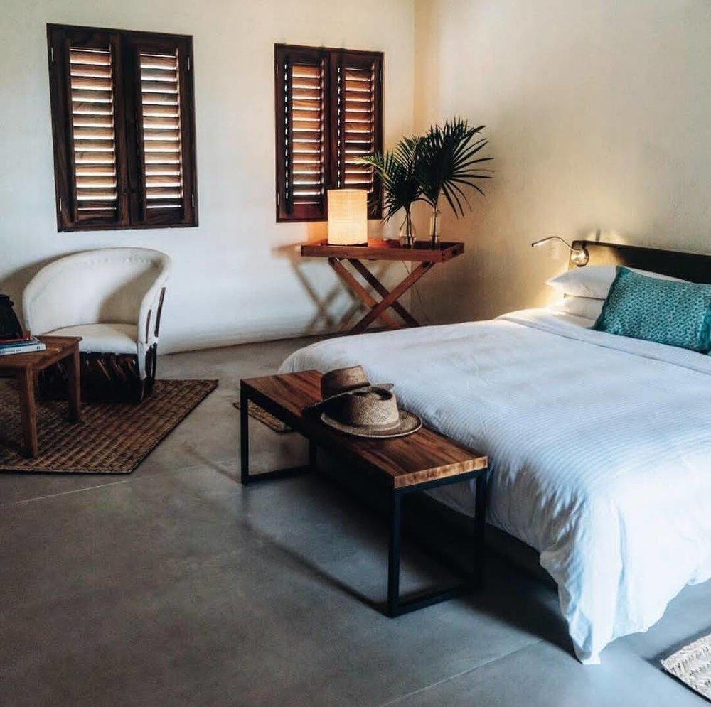 Lo Sereno_Guestroom.jpg