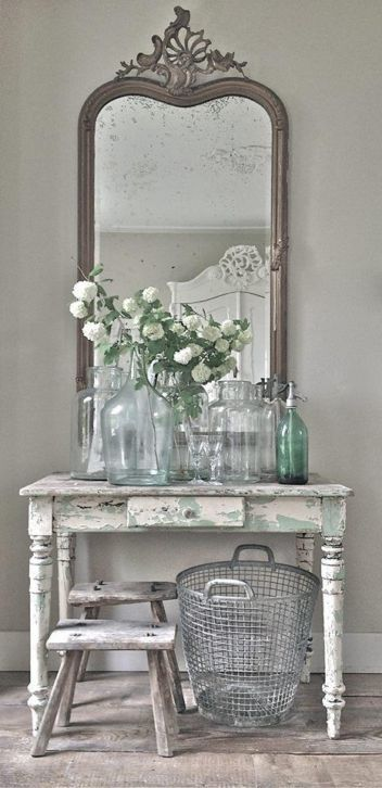 Gorgeous table… old #weathered charm. Its beautiful!