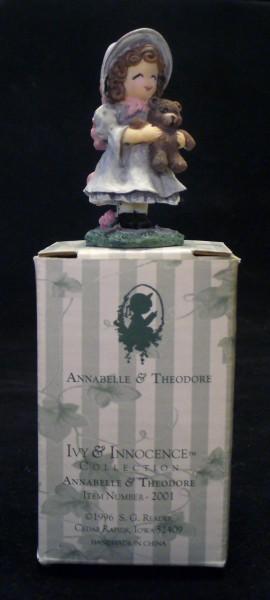AnnabelleonBox1