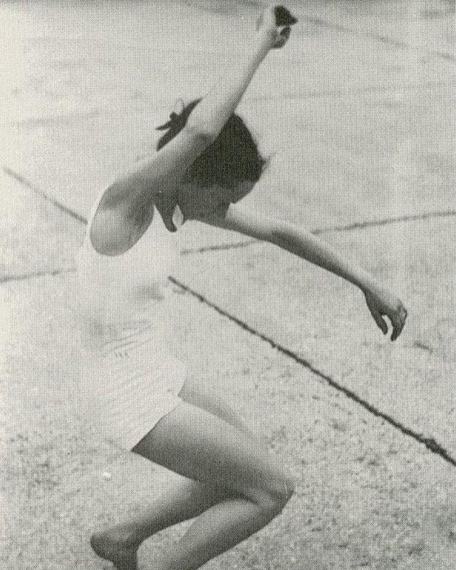 #JeanRenaud dancing on a rooftop #1950 #tgif
