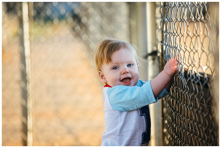 Eastons-first-birthday-session-watauga-baseball (4).jpg