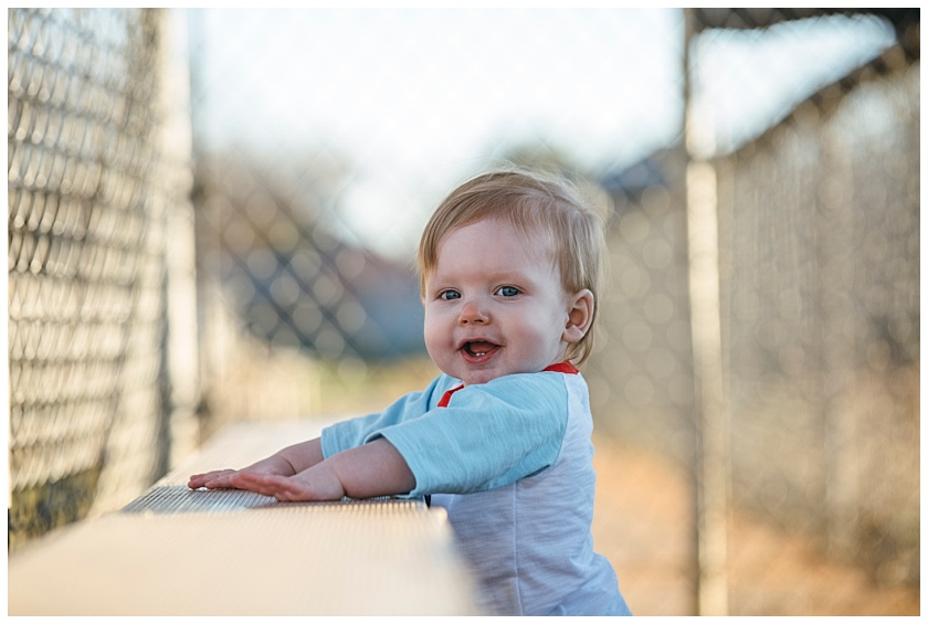 Eastons-first-birthday-session-watauga-baseball (7).jpg