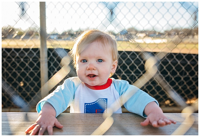 Eastons-first-birthday-session-watauga-baseball (8).jpg