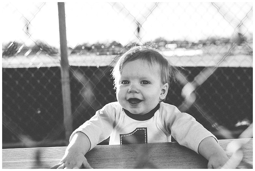 Eastons-first-birthday-session-watauga-baseball (9).jpg