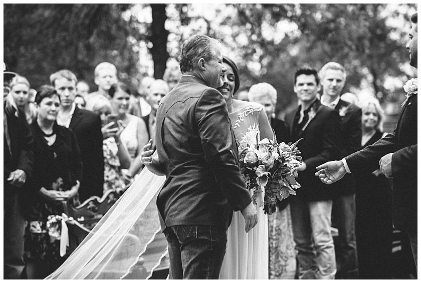 classic_oaks_ranch_wedding (88).jpg