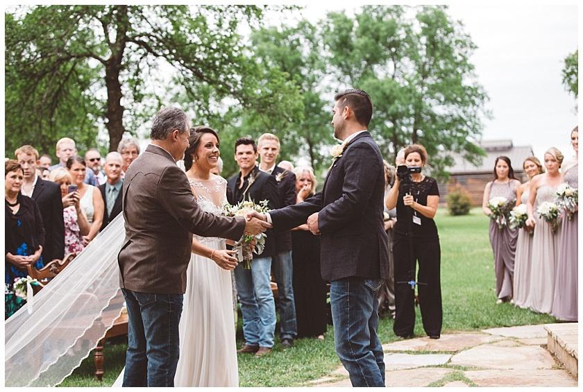 classic_oaks_ranch_wedding (90).jpg
