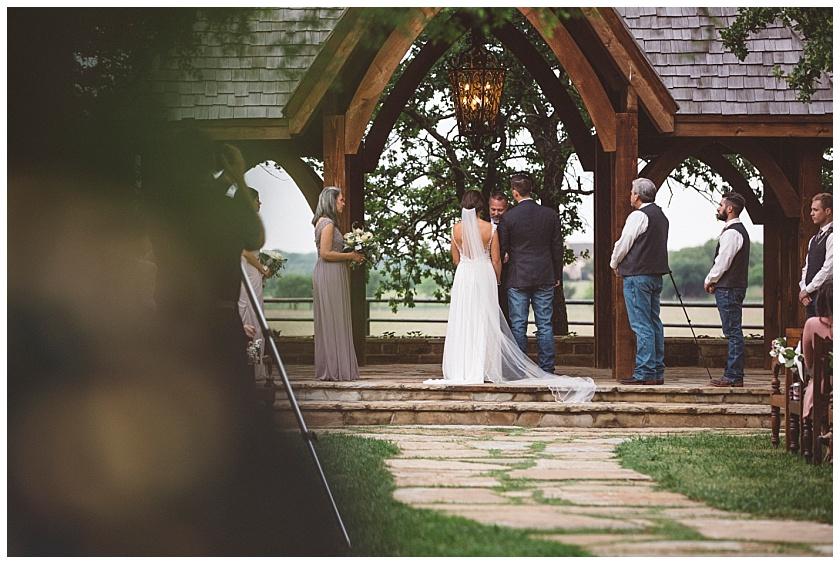 classic_oaks_ranch_wedding (99).jpg