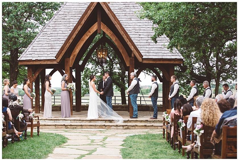 classic_oaks_ranch_wedding (102).jpg