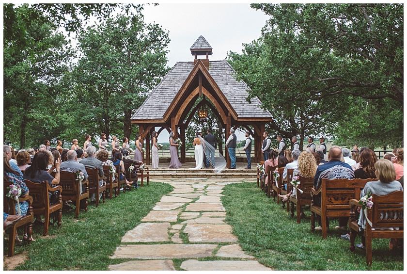 classic_oaks_ranch_wedding (105).jpg