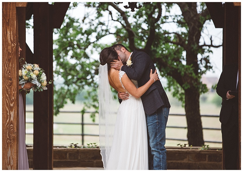 classic_oaks_ranch_wedding (119).jpg