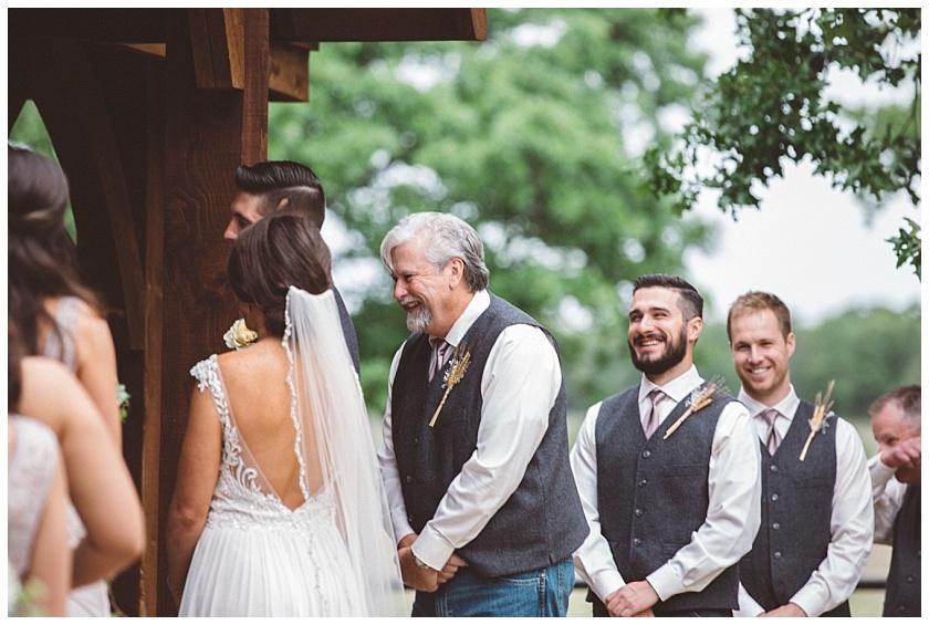 classic_oaks_ranch_wedding (129).jpg
