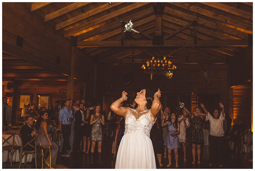 classic_oaks_ranch_wedding (216).jpg