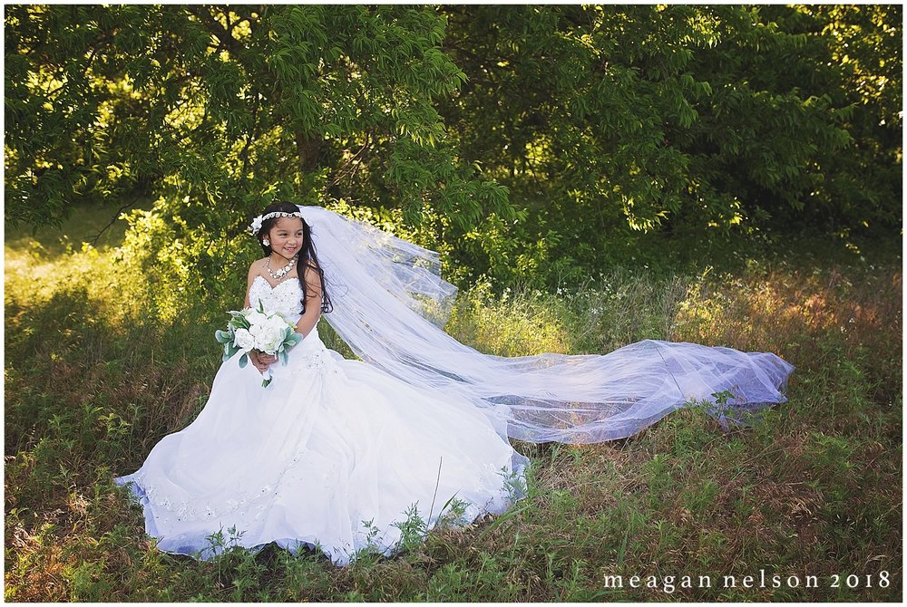 fort_worth_photographer_wedding_dress_minis09.jpg