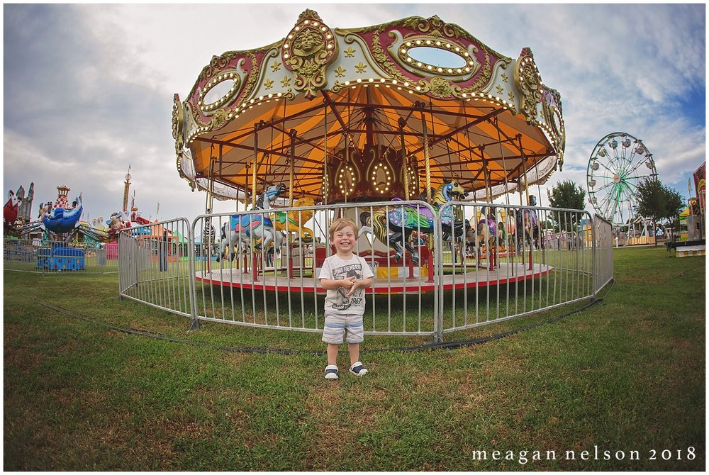 carnival_mini_sessions_watauga_tx0021.jpg