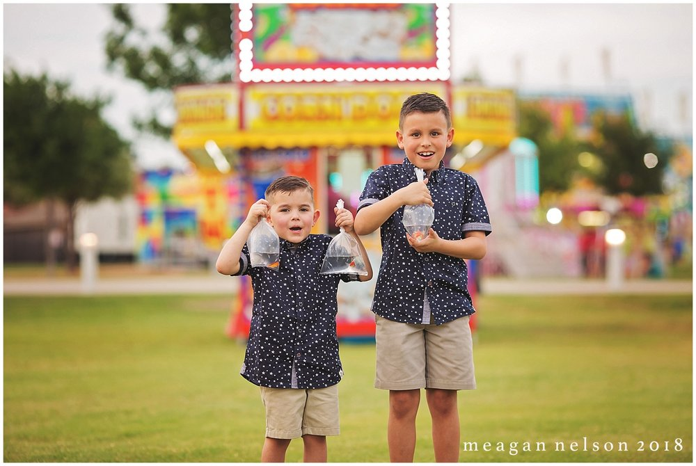 carnival_mini_sessions_watauga_tx0029.jpg