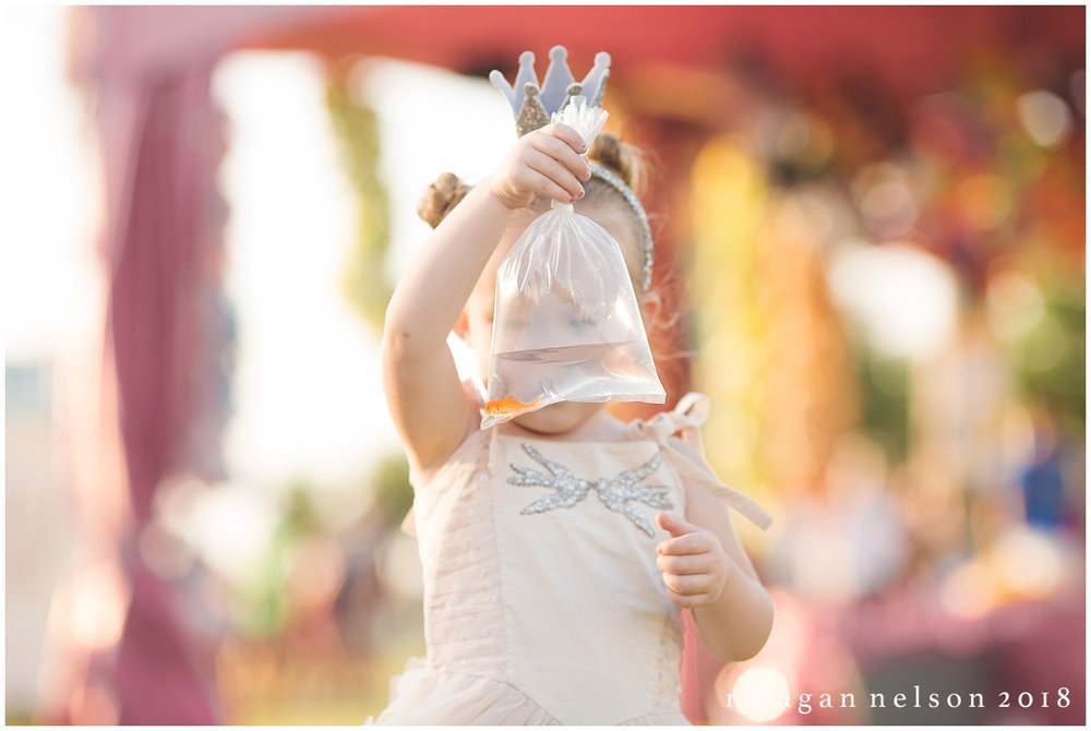 carnival_mini_sessions_watauga_tx0031.jpg