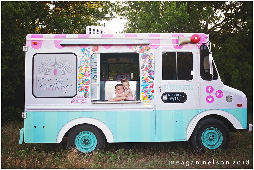 fort_worth_childrens_photographer_ice_cream_truck_session0016.jpg