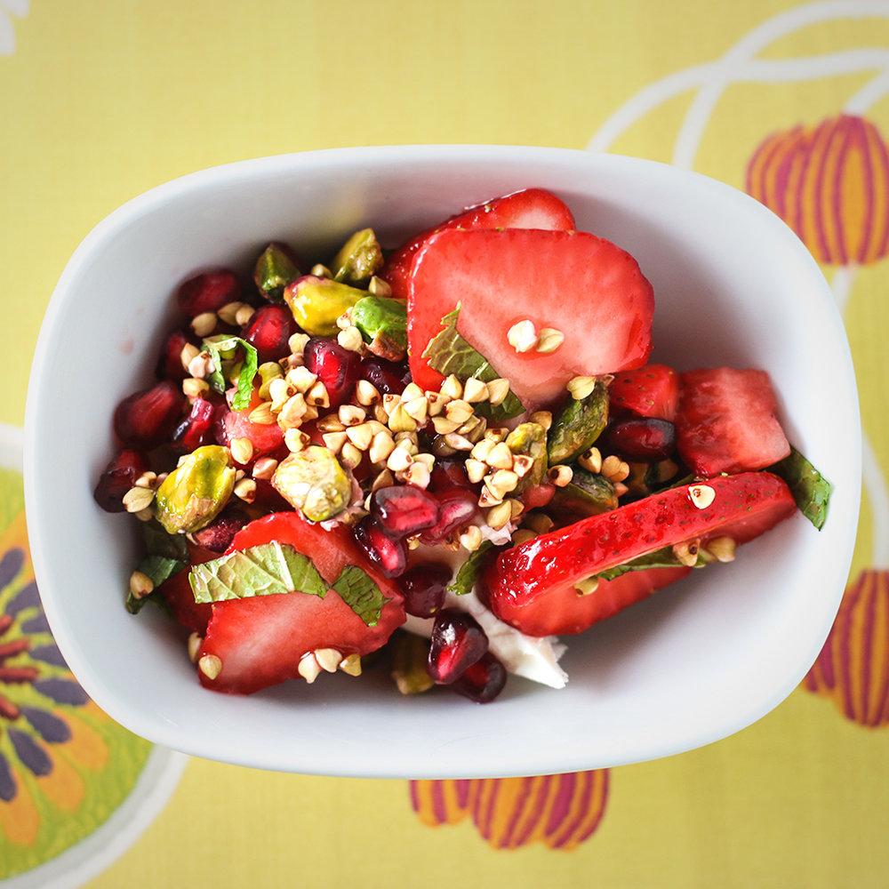 Strawberries & Skyr