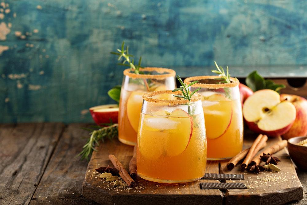 apple-cocktails.jpg