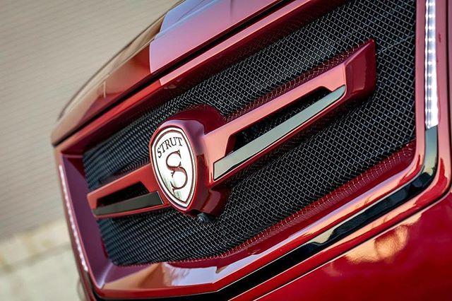STRUT LED Grille for the #Cadillac #Escalade - - - - - -  #strutlife #strutgrille #strutwheels #RangeRover #RangeRoverSport #Cadillac #Escalade #Mercedes #Gwagon #Tesla #GMC #Yukon #Denali #Jeep #Wrangler #Freightliner