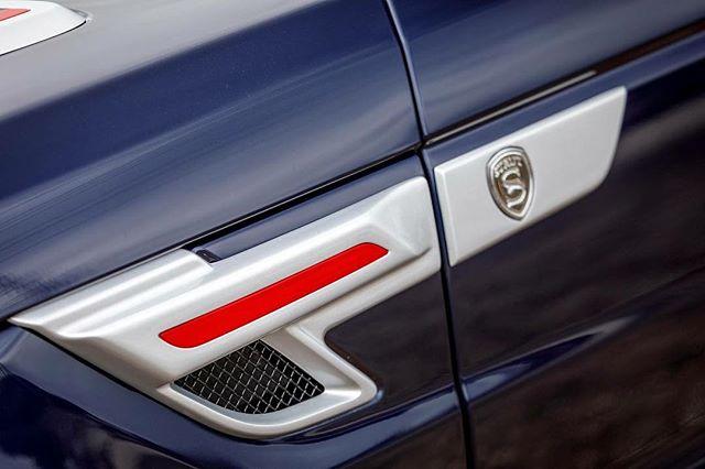 STRUT Range Rover Sport side vents. #strutgrille #strutwheels #strutlife - - - - - - - #RangeRover #RangeRoverSport #Cadillac #Escalade #Mercedes #Gwagon #Tesla #GMC #Yukon #Denali #Jeep #Wrangler #Freightliner