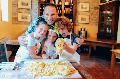pasta class kids-1.jpg