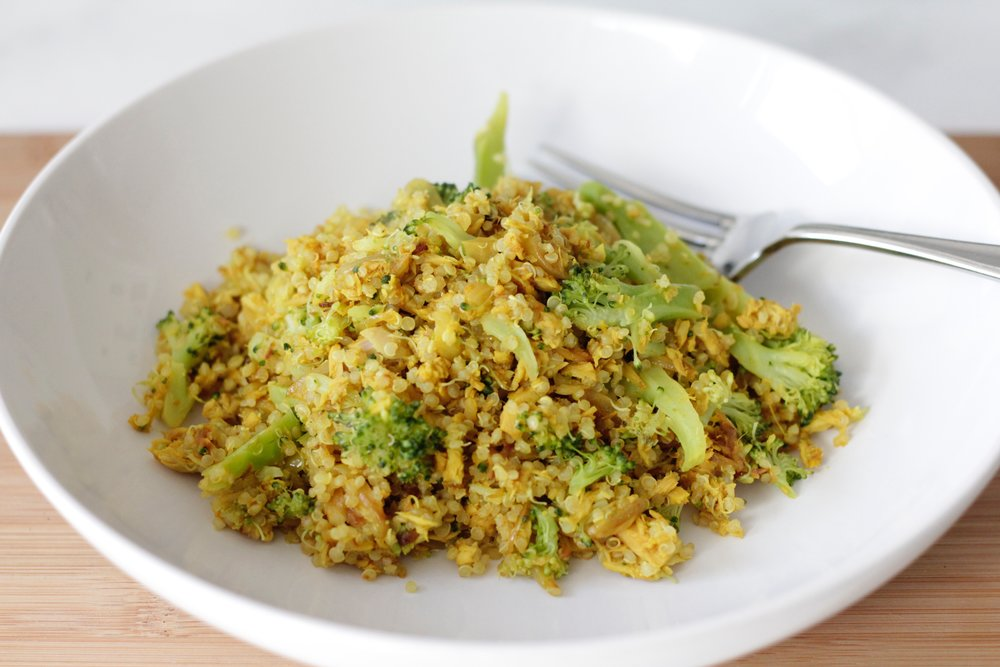 Tuna with turmeric, broccoli & quinoa