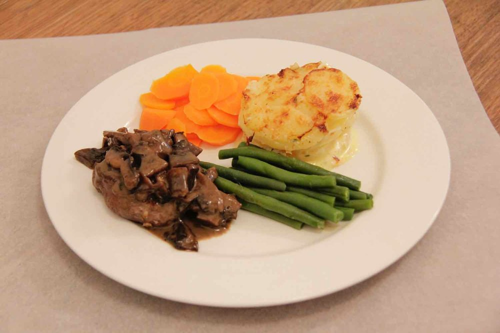 Fillet steak with mushroom sauce & potato dauphinois