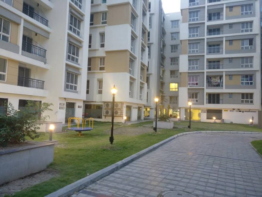 Central Courtyard – Evening View