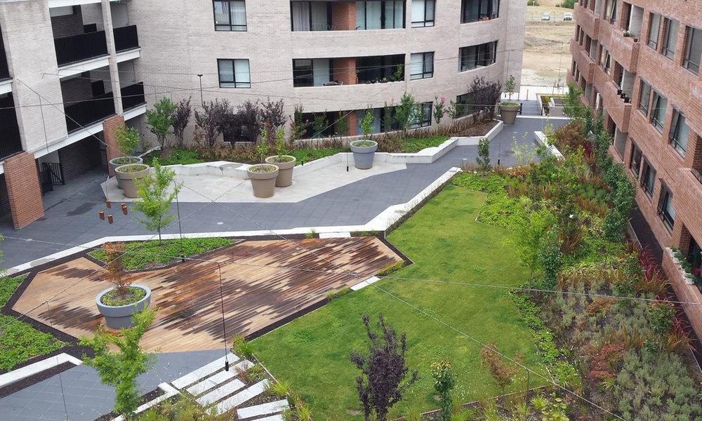Kingston Foreshore garden