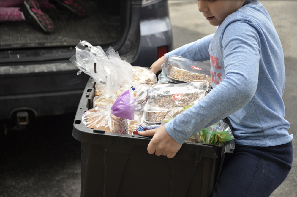 Our Volunteers - Hole Food Rescue is sustained by volunteers.Our organization is powered by people, and we work hard to recruit, train, manage, and celebrate the efforts of our amazing volunteers. Volunteers pick up donated food from food donors, bring it to our food sorting facility (